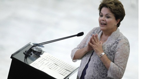 Persistent price pressure could be a headache for Brazilian President Dilma Rousseff as she races to shore up an economy that lagged most regional peers in 2011.  Ueslei Marcelino/Reuters