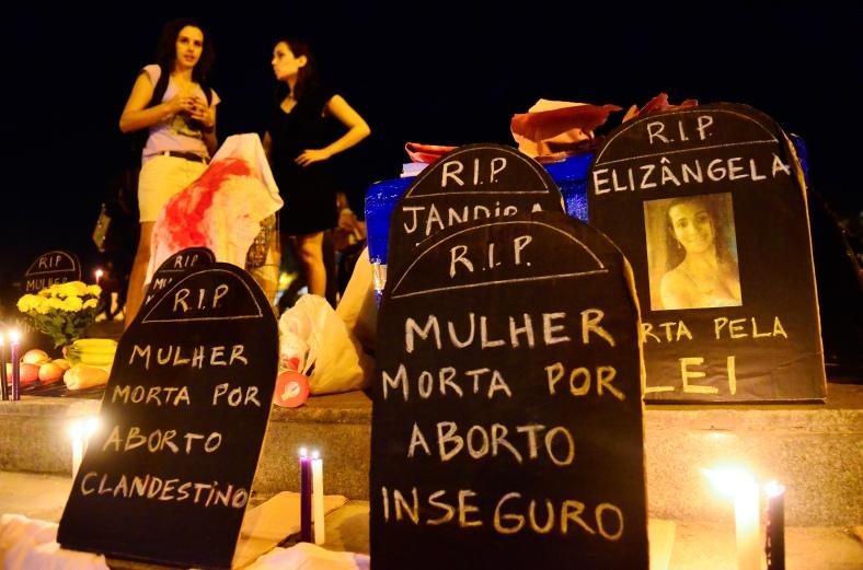 Ato em defesa da descriminalização do aborto